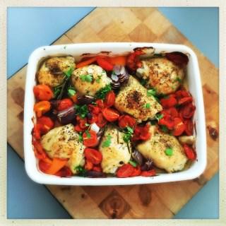 italian chicken traybake, chicken traybake recipe, italian chicken recipe, one pan italian chicken, easy family food from daisies and pie