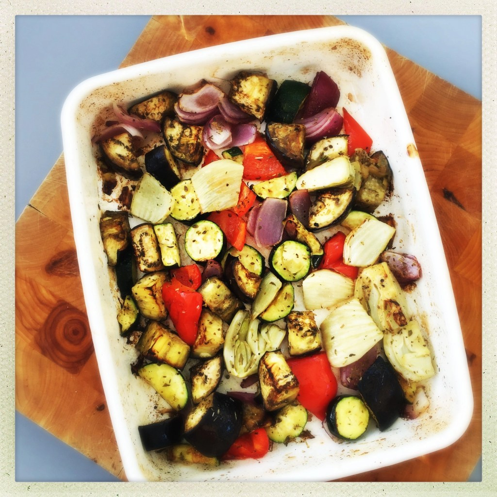 roasted Mediterranean style vegetables, five ways to eat roasted veg, roast veg traybake, easy family food from daisies and pie