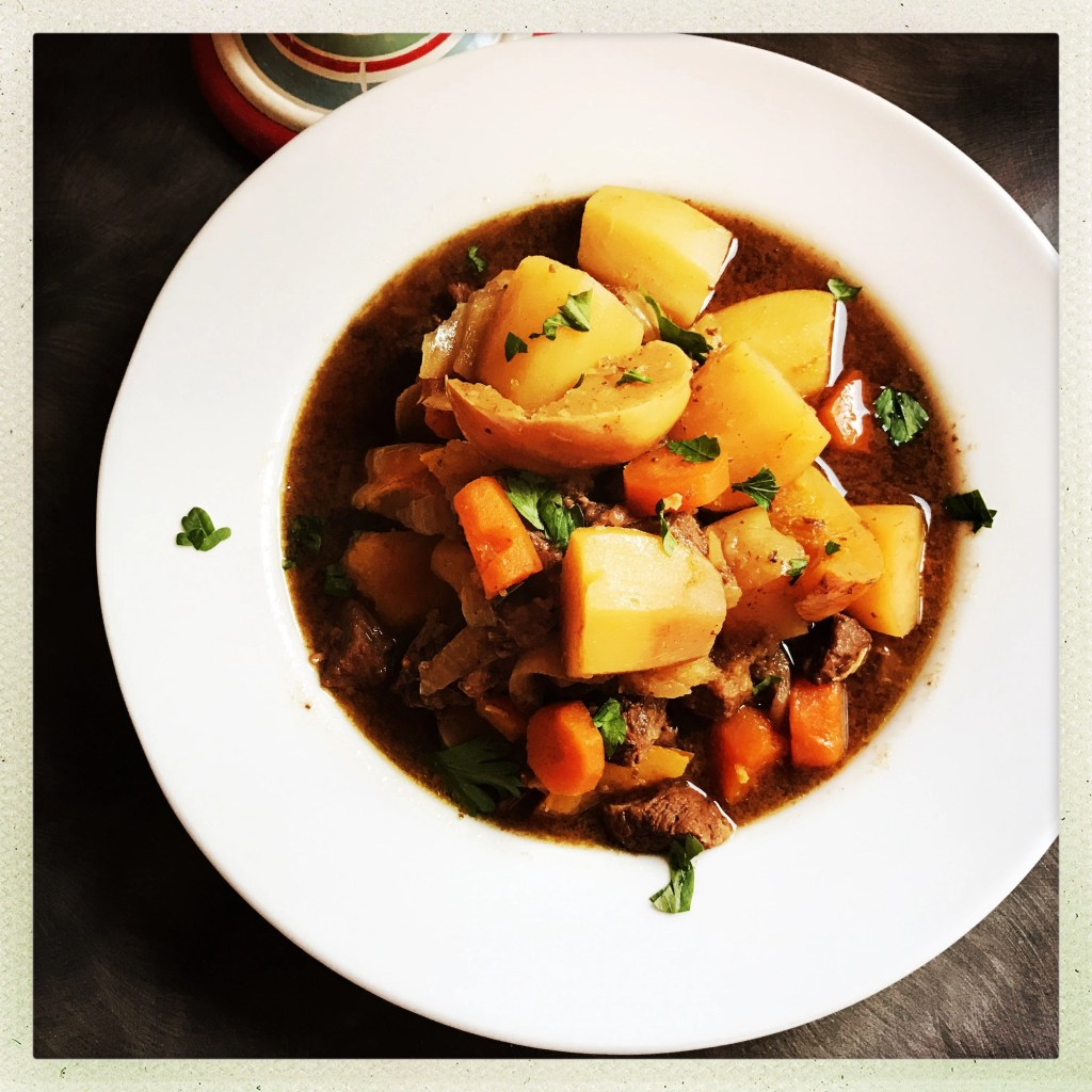 beef and pumpkin stew, easy slow cooker stew recipe, easy family food from daisies and pie