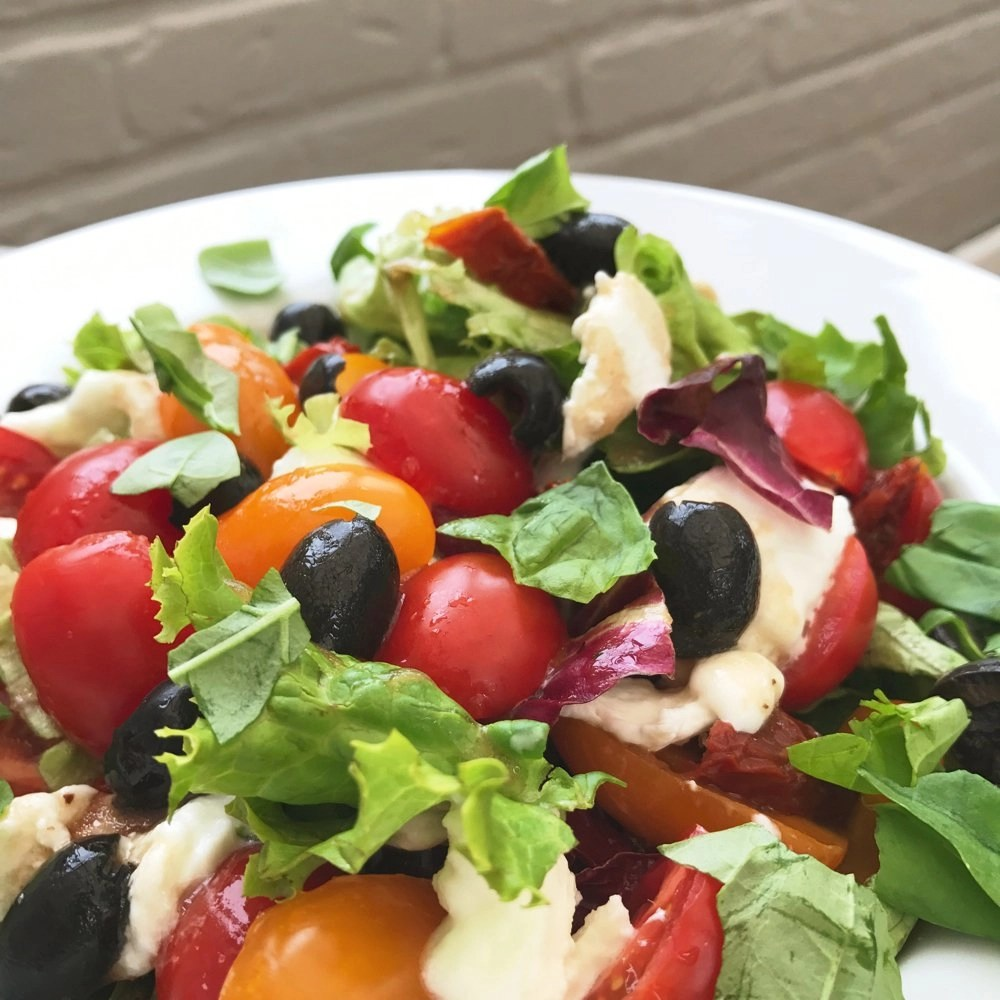 caprese salad recipe with balsamic dressing, quick lunch recipe, italian salad recipe, easy family food