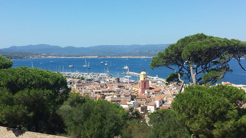 beautiful coastal towns provence