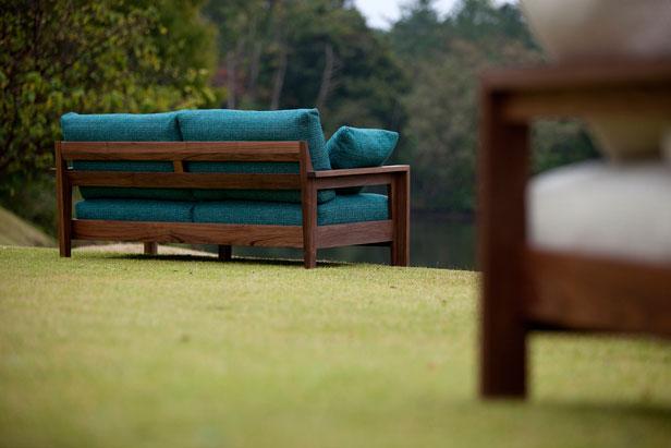 re-sofa-image1
