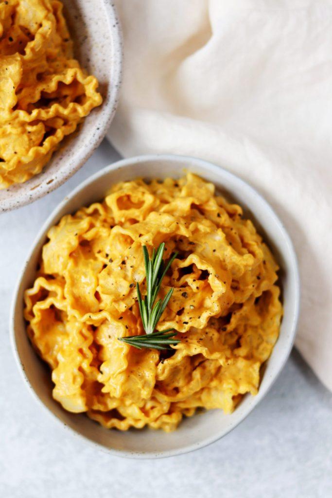 Pumpkin alfredo sauce - Daisybeet