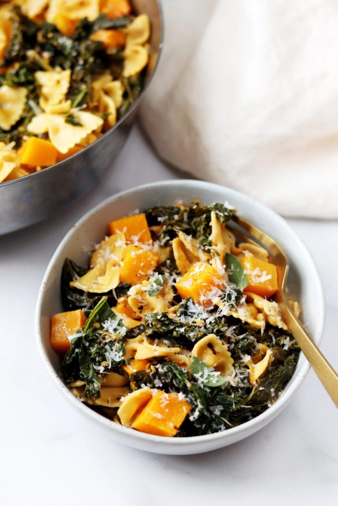 Butternut squash and kale pasta - Daisybeet