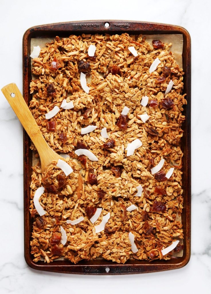 Tray of granola - Daisybeet