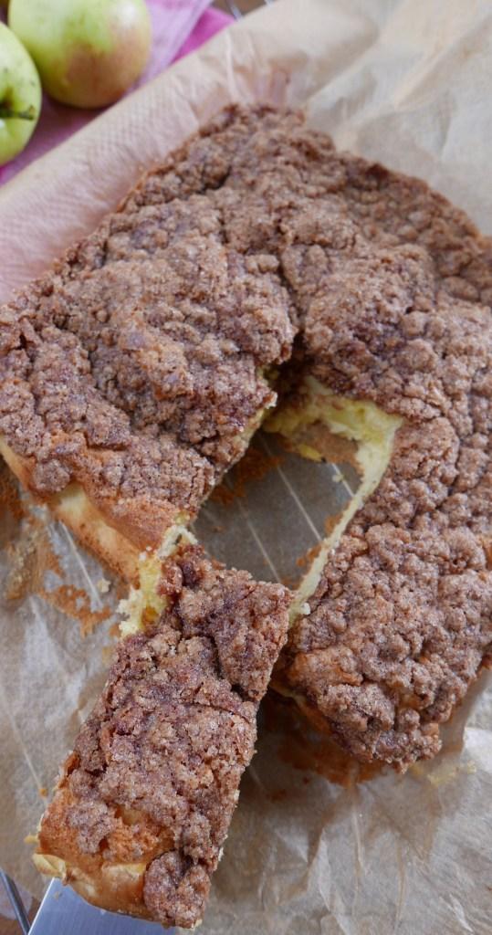Cinnamon Apple Tea Cake