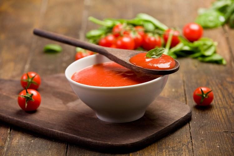 Homemade Tomato & Basil Sauce