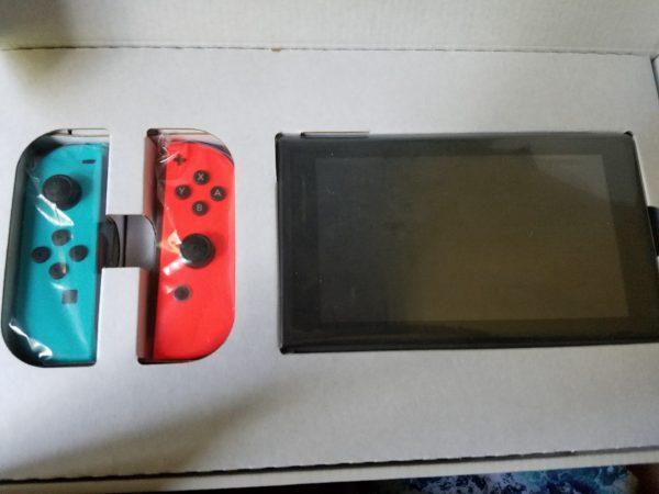 Nintendo Switch Unbox