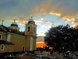 Igreja Matriz, São Thomé das Letras (Foto: Gloria Cavaggioni - Da Janela)