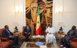 Le président Macky Sall reçoit en audience Kabirou Mbodj du Groupe Wari et braque un faisceau lumineux sur le rachat de Tigo
