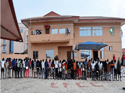 48 suspected internet fraudsters arrested in Abeokuta