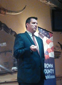 Jeromy Pankratz speaks at the Brown County Republicans Reagan Lunch, Aberdeen, SD, 2015.05.14.
