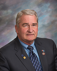 Senator and bully David Omdahl (R-11/Sioux Falls)