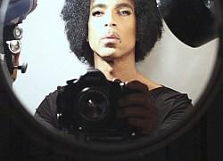 prince-selfie
