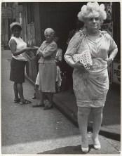 Drag onlookers Leon Levinstein NYC