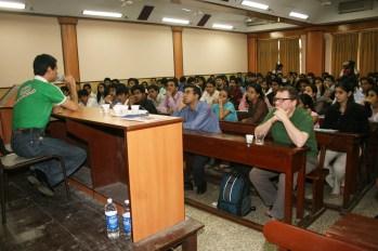 hr Dale Bhagwagar conducting a PR seminar at HR College, Mumbai - Pic 3