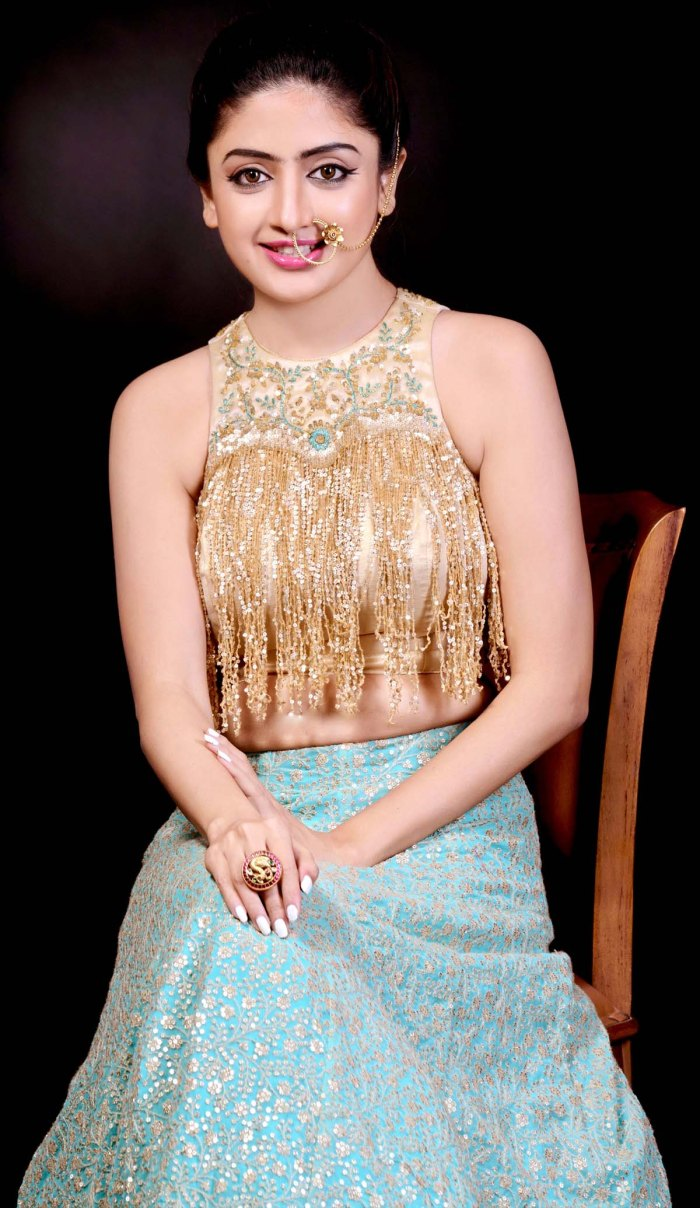 Poonam Kaur. Pic 4.
