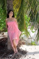 Feryna Wazheri's trip to Maldives (4)