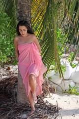 Feryna Wazheri's trip to Maldives (5)