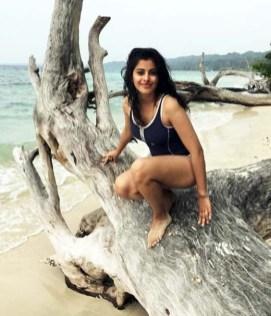 Water baby Anisha Victor (21)