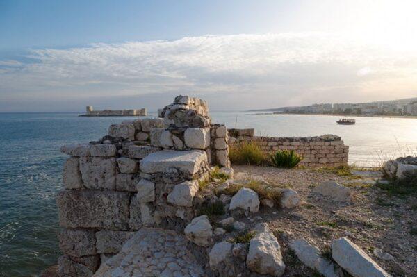 قلعة قورايقوس