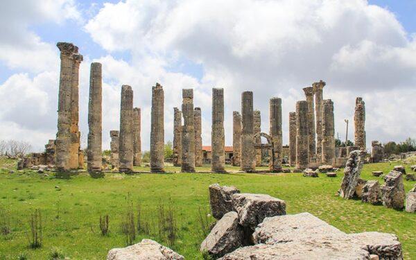مدينة كاينتليس التاريخية