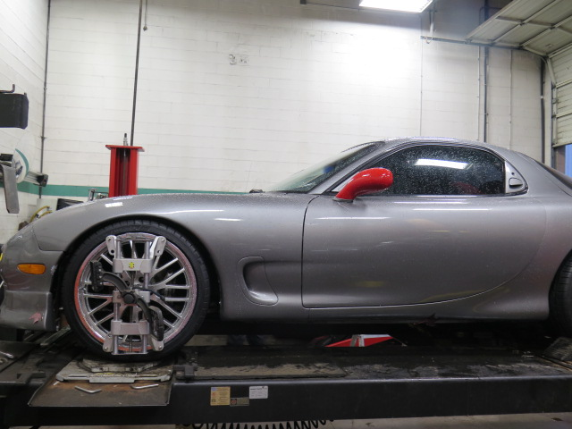 FD RX-7 in for an alignment at Dales Auto Service (2)