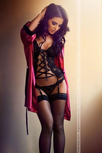 Diana-Morales-Besame-lingerie-25-682x1024
