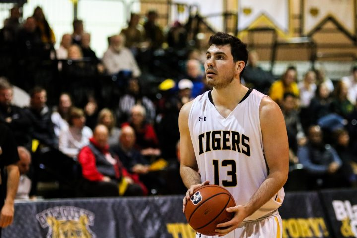 142 threes and counting | Dalhousie Gazette