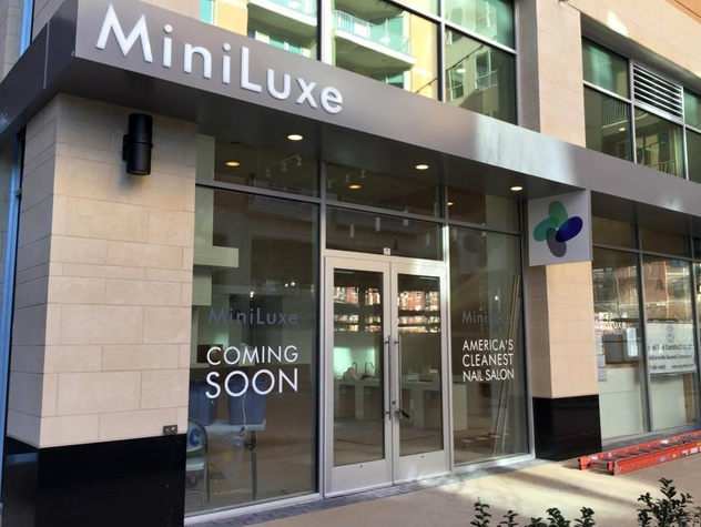 Miniluxe Nails Waxing West Village