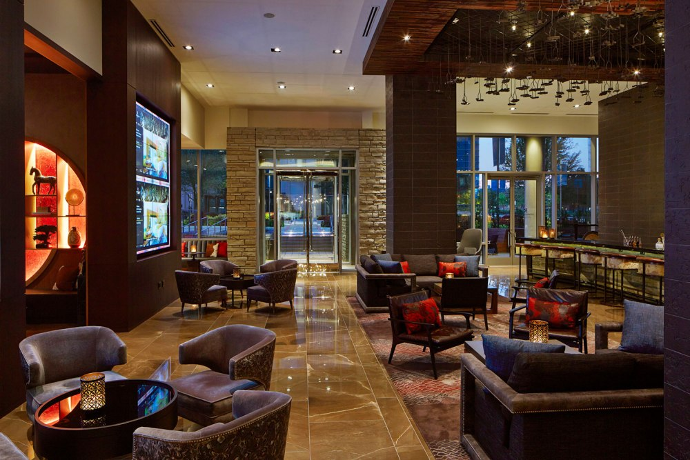Prettiest-Hotels-Around-Plano-to-Grab-a-Cocktail-Image4