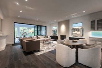 Living Area 7