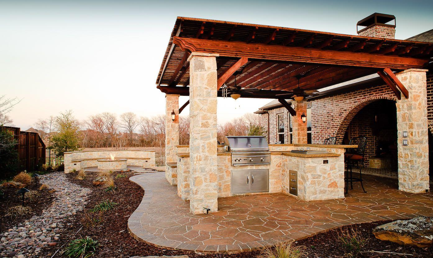 10 Tips For Creating Perfect Outdoor Kitchen In The