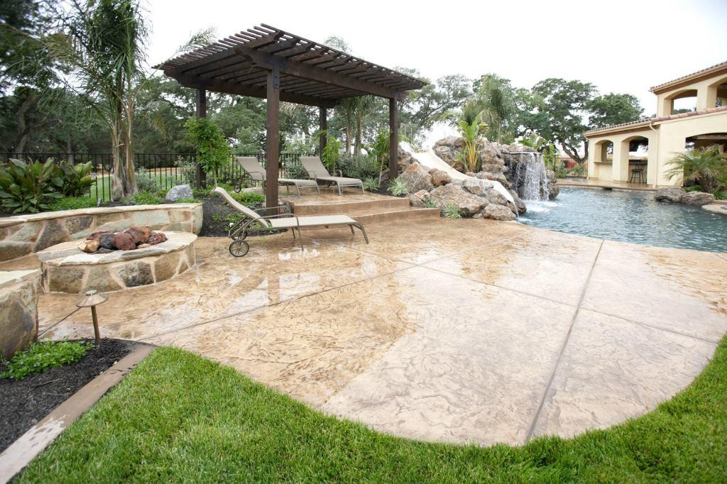 outdoor living pool and patio dallas