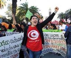 33030032_non-cediamo-il-passo-al-terrore-tunisi-si-apre-il-forum-sociale-mondiale-0
