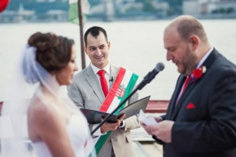wedding-master-ceremony-Street-Gabor-Huba-Hungary
