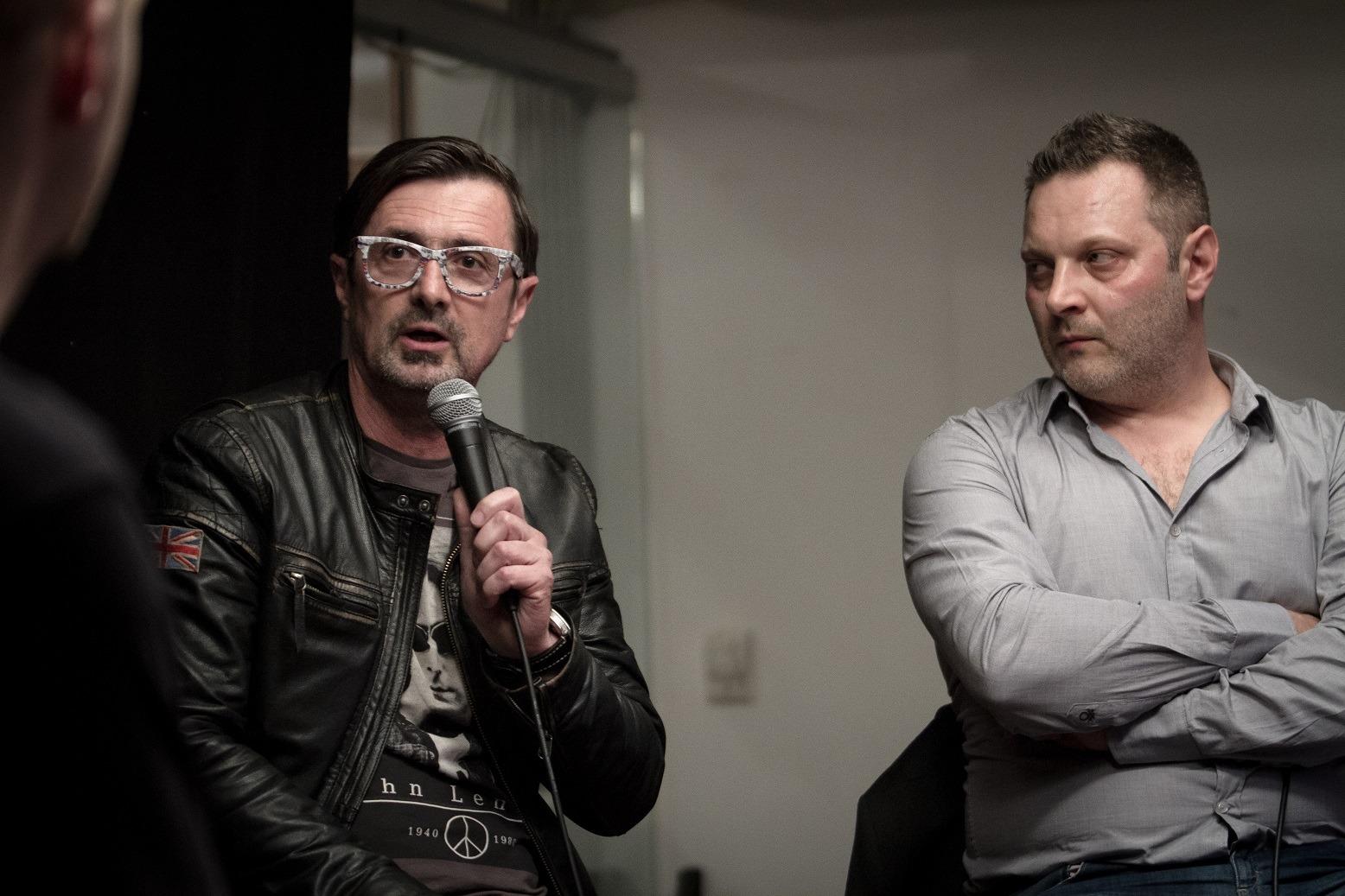 """""""Szeretnénk elérni a Classnál, hogy Magyarországon a """"mainstream"""" kifejezés ne legyen szitokszó. Az általunk nem játszott előadóktól azt kapjuk, hogy mi nem értjük meg őket, nem játsszuk a dalaikat, pedig életük főművét produkálták"""" -Csiszár Jenő, Class FM."""