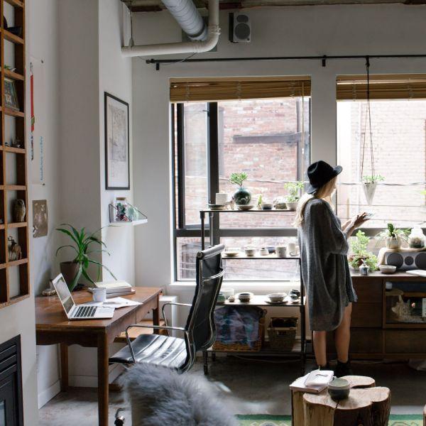 Virtual Market Success Maker in Studio