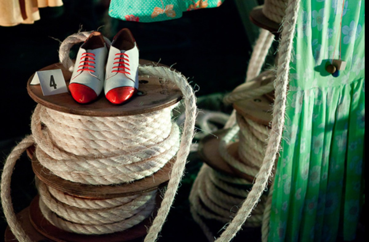 Etsy Interactive LMFF Fracture Gallery Fed Square Spools Rope Shoes