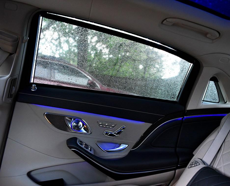 2017 Maybach rear door2