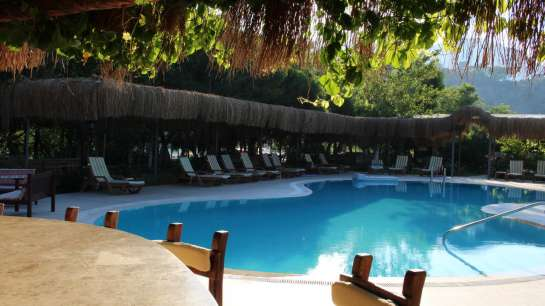 dalyan-otelleri-swimming-pool-riverside-hotel-5