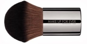 make-up-for-ever-124-kabuki-powder-brush.640.2417