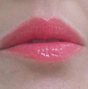 make up forever aqua lip coral swatch