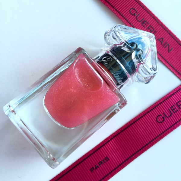 Guerlain Petite Robe Noire my first polish