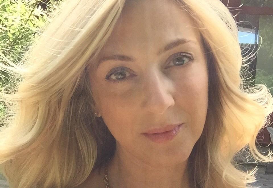 Stay Home Beauty Treatments: Ellen Lange Retexturizing Skin Peel