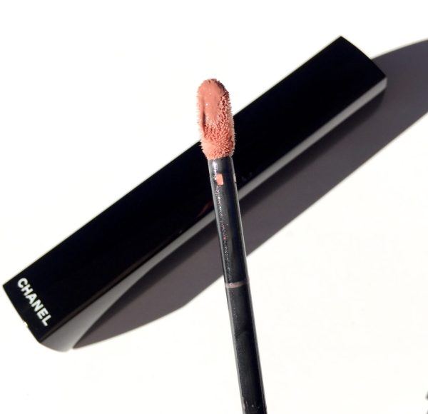 CHANEL Rouge Allure Gloss in Supernude