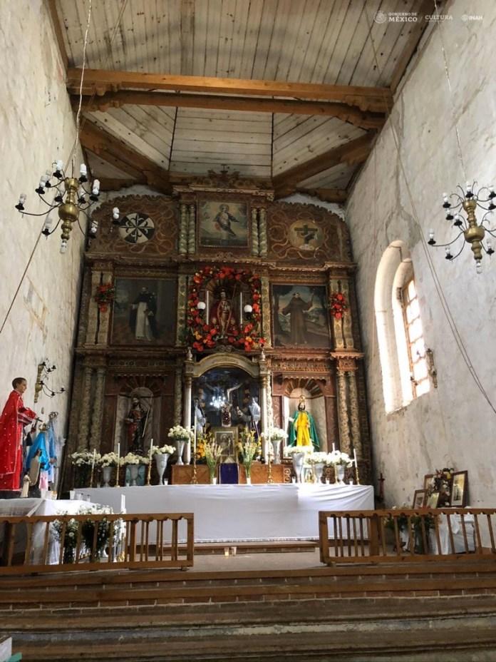 altarpiece San Cristobal de las Casas Chiapas
