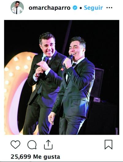 BUENA DUPLA. Comparte créditos con su gran amigo Adrián Uribe, con quien ha trabajado en otros proyectos. Foto: Instagram