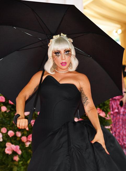 Lady Gaga almost left Ariana Grande one-eyed