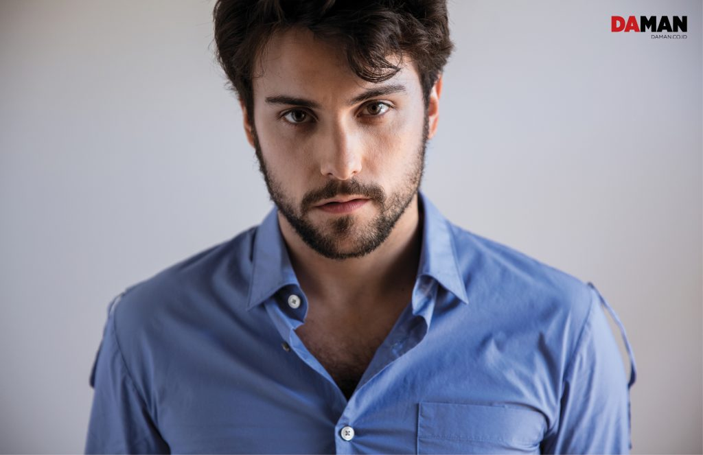 Jack Falahee Talks How To Get Away With Murder And LGBT
